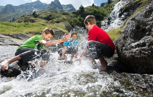 Hits for Kids – Entdecken, erleben, erforschen